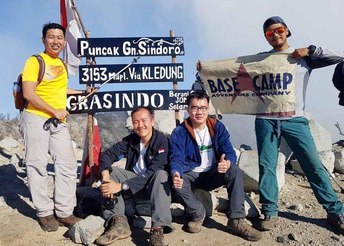 Trekking Mount Sindoro
